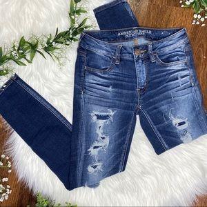 American Eagle   Blue Distressed Short Jeggings